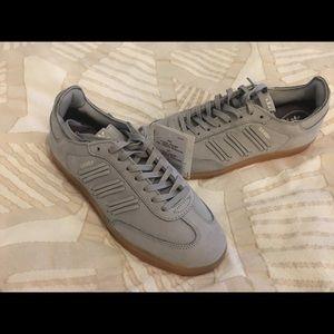 Adidas- Samba